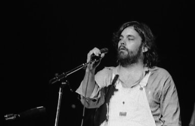 Lowell George performing with Little Feat in Buffalo, New York (1977).