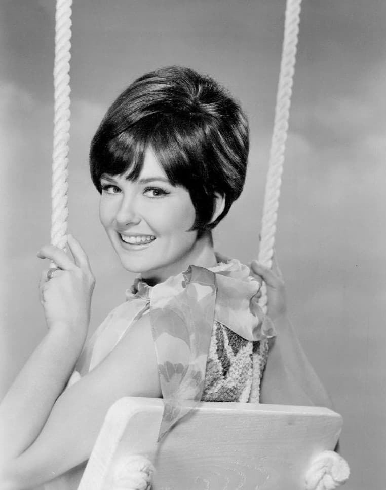 Photo of actress and singer Shelley Fabares.