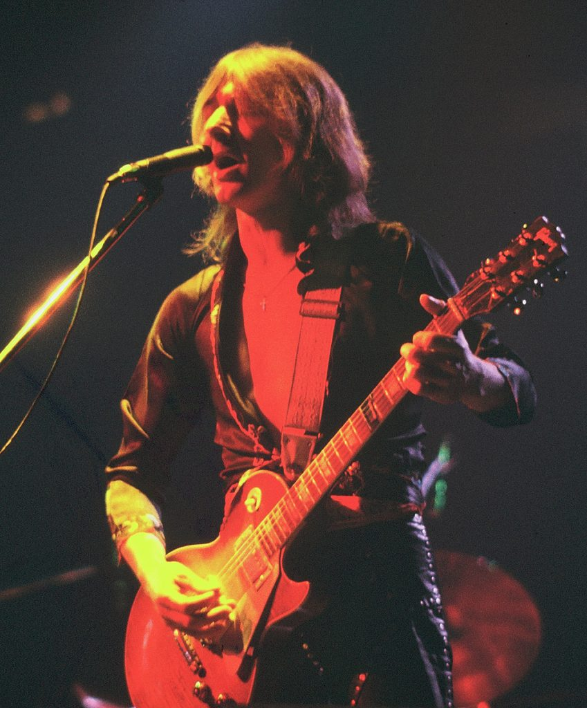Mick Ralphs of Bad Company (1976).
