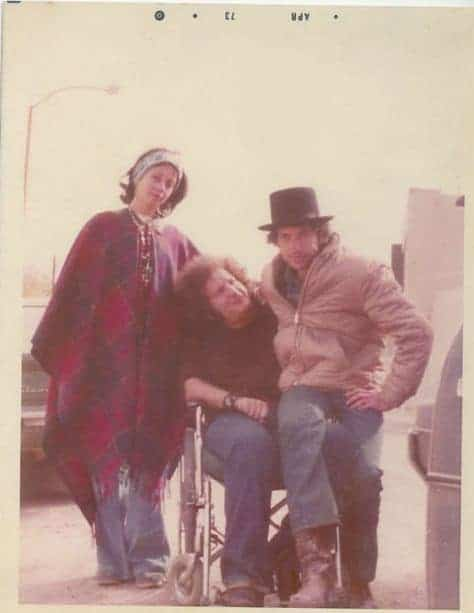 Sara Dylan, Larry Kegan and Bob Dylan on the set of Pat Garrett and Billy The Kid, April 1973.
