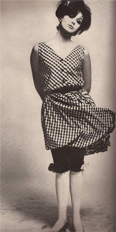 Sara Lownds modeling in Harper's Bazaar (April 1965).