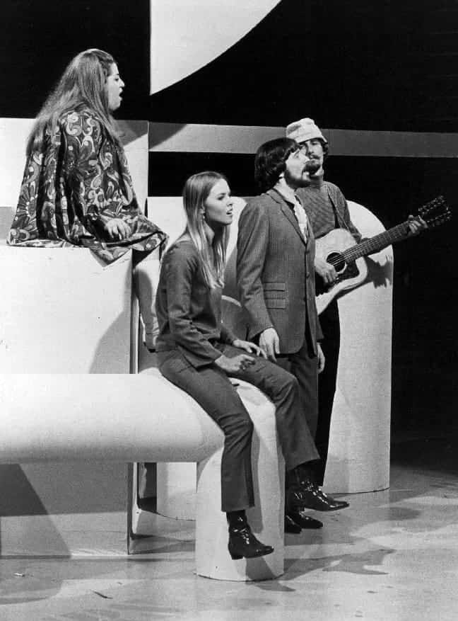 "The Mamas & the Papas from a 1967 ABC Television program, The Songmakers"". From left-Cass Elliot (at back), Michelle Phillips, Denny Doherty and John Phillips."