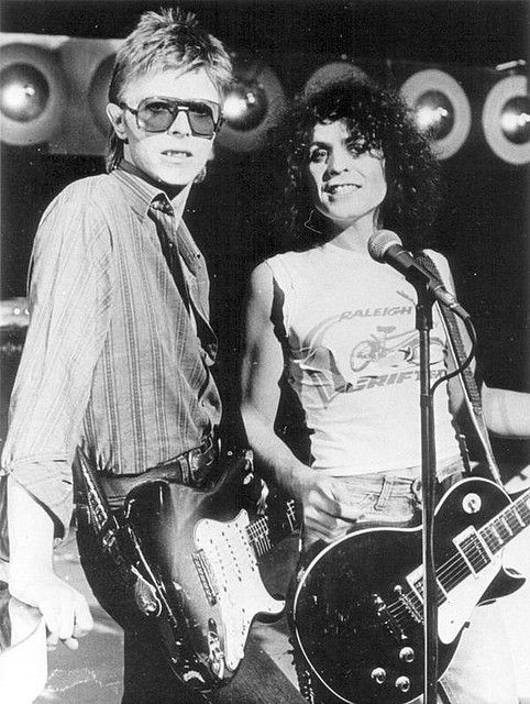 David Bowie and Marc Bolan (1977).